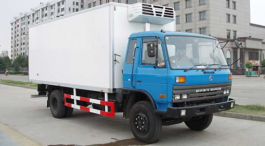 东风EQ145冷藏车